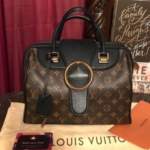 Louis Vuitton golden arrow collectors bag